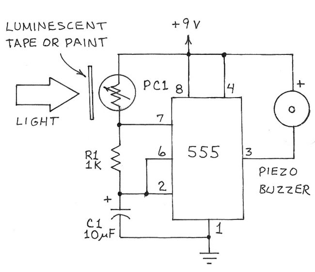 Recipe 8: Experimenting with a Luminescent Capacitor Electronics Project